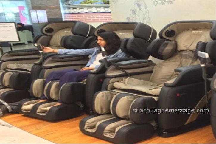 Sử dụng ghế massage tại nhà có tốt không