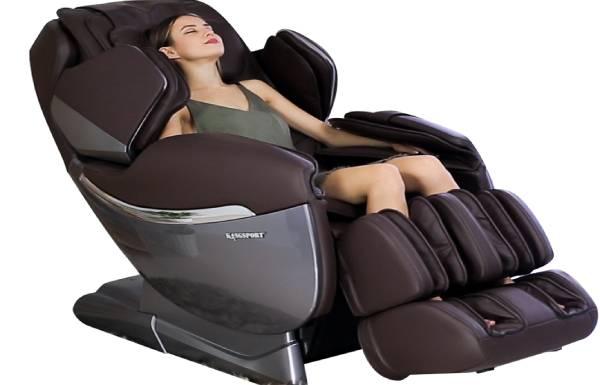 Khách hàng choáng ngợp tìm mua ghế massage trên mạng